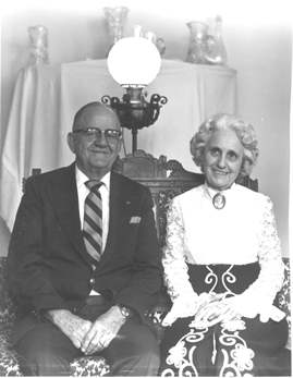 Floyd and Madge Evans.jpg
